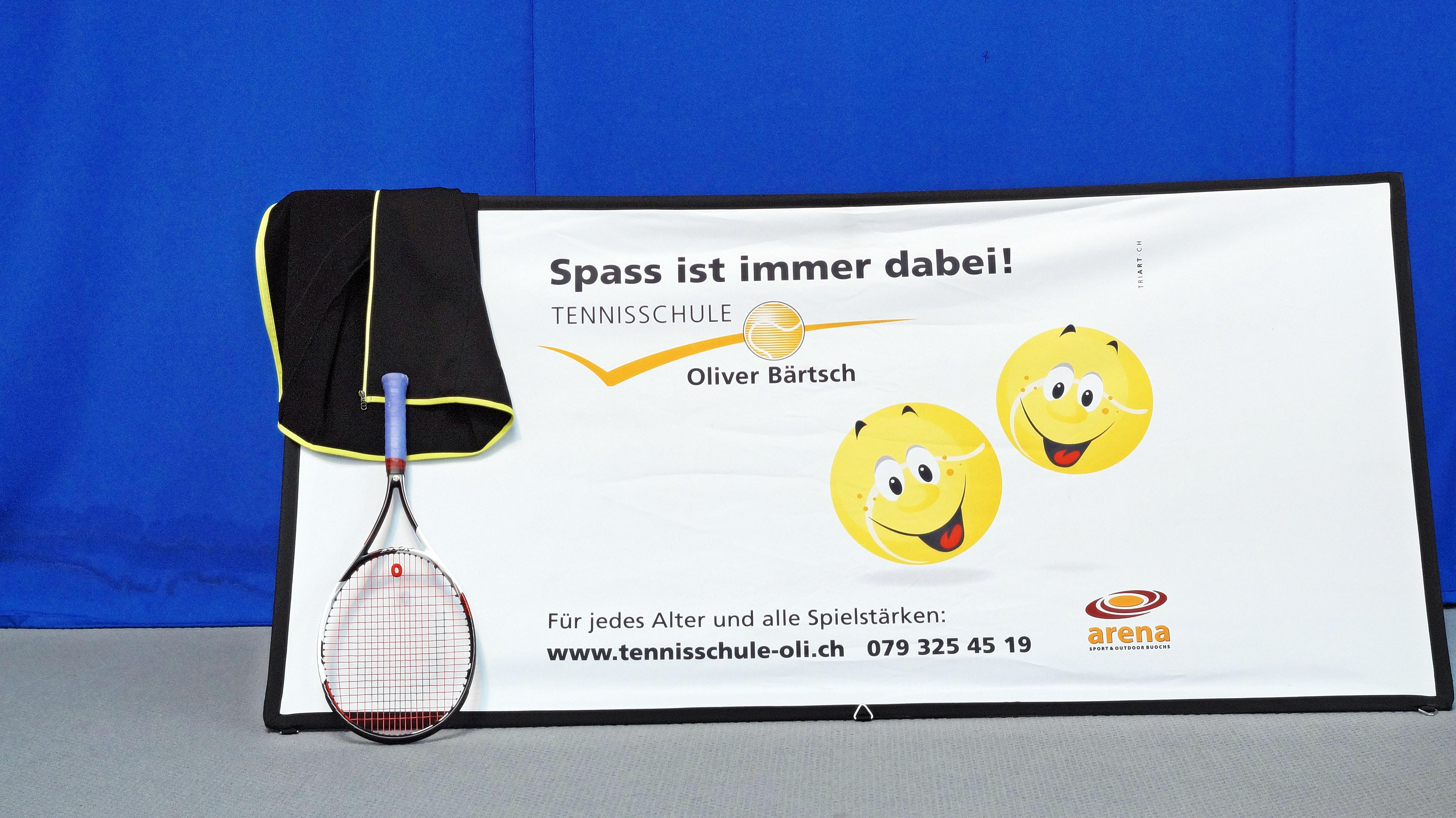 Bist du unser neuer Tennislehrer?